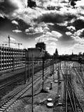 铁路 在黑白的艺术性的神色 免版税库存照片
