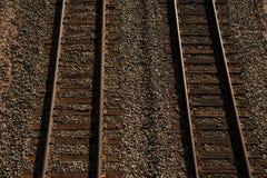 铁轨从如从上面被观看 免版税库存图片
