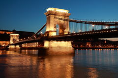 铁锁式桥梁在布达佩斯,匈牙利 库存照片