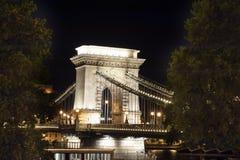 铁锁式桥梁在布达佩斯 免版税库存照片