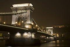 铁锁式桥梁 库存图片