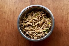 铁锅,面条,食物 库存图片