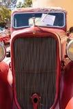 铁锈红色1971推托卡车 免版税库存图片