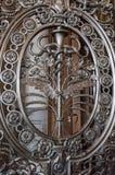 铁门` s卷曲细节的阴影 库存照片