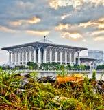 铁马来西亚mizan清真寺putrajaya tuanku 免版税库存图片
