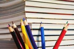 铅笔和书 免版税库存图片