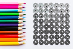 铅笔和按钮在白色背景 库存图片