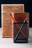 铅笔和笔与组织者 免版税图库摄影