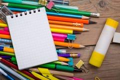 铅笔和笔学生有笔记本的 图库摄影