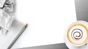 铅笔和纸背景 免版税库存照片