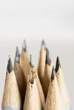 铅笔抽象背景有极端浅dof的。 图库摄影