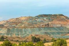 铜矿看法Troodos山的塞浦路斯 免版税库存照片