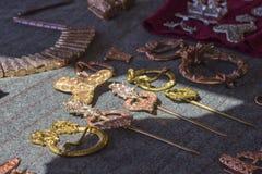 铜种族首饰发夹,扣,别针 库存照片