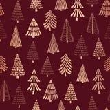 铜箔乱画圣诞树无缝的传染媒介样式背景 金属发光的在红色背景的玫瑰金黄树 典雅 向量例证