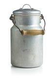 铝牛奶罐头 免版税库存照片