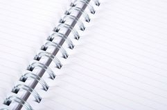 铝螺纹笔记本白皮书 库存图片