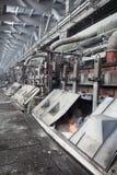 铝浴电解生产 库存照片
