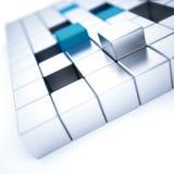 银和蓝色金属立方体 免版税库存图片