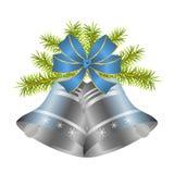 银色圣诞节铃声和装饰蓝色弓与金边界 库存图片