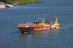 银色子弹速度小船在Wildwood,新泽西 免版税库存照片