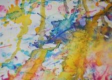 银色橙黄色蓝色察觉背景,闪耀的泥泞的蜡状的油漆,对比在淡色颜色的形状背景 免版税库存照片