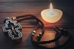 银色正统十字架 库存图片