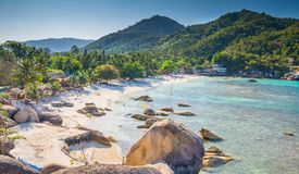 银色海滩,在酸值苏梅岛海岛Thail的水晶海滩海滩视图 库存照片
