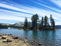 银色湖岸加利福尼亚 免版税库存照片