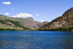 银色湖手段在June湖加利福尼亚 库存图片