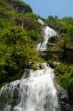 银色瀑布在Sapa,越南 图库摄影