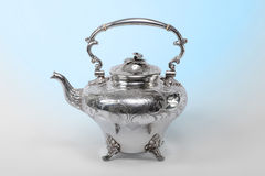 银色茶壶 库存图片