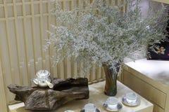 银色茶壶 免版税库存照片