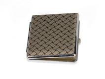 银色香烟配件箱 免版税库存照片