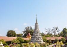 银色stupa在银色塔,王宫柬埔寨,金边,柬埔寨 图库摄影