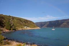 银行半岛海湾Akaroa新西兰 免版税库存照片