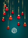 银被缠结的圣诞节装饰 免版税图库摄影