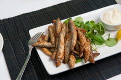 银鱼用大蒜蛋黄酱 免版税图库摄影
