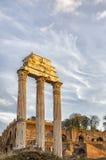 铸工和北河三罗马寺庙  库存照片