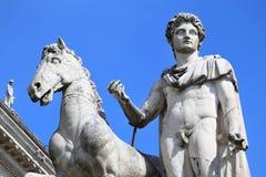 铸工雕象在罗马,意大利 库存图片