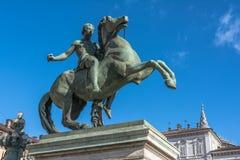 铸工,都灵,意大利骑马雕象  图库摄影