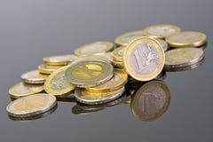 铸造欧元 免版税库存图片