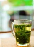 铸造茶 免版税库存照片