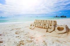 铺沙在白色海滩,博拉凯海岛的城堡 免版税库存照片