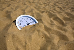铺沙手表 库存图片