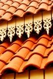 铺磁砖的亚洲屋顶 库存照片