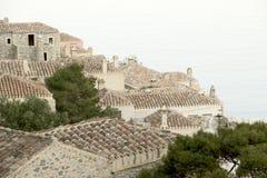 铺磁砖的老屋顶 免版税图库摄影