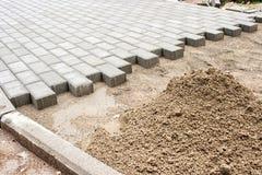铺路板的新的路面的建筑 免版税库存图片