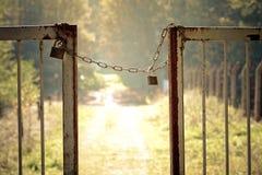 链门挂锁 免版税库存照片