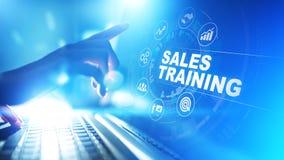 销售培训、业务发展和财政成长概念在虚屏上 免版税库存图片
