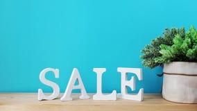 销售字母表信件有空间背景 免版税库存照片